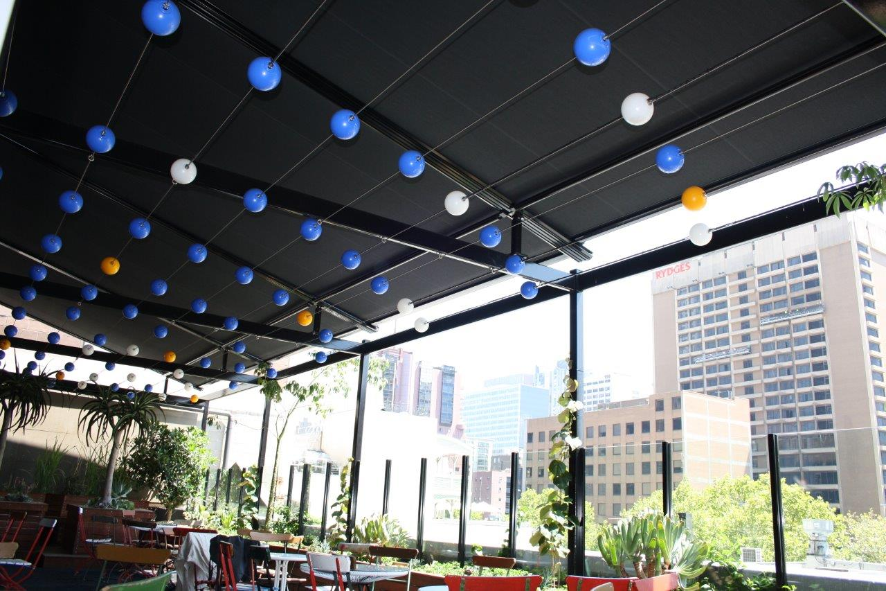 Melbourne Retractable Roof at Rooftop Bar