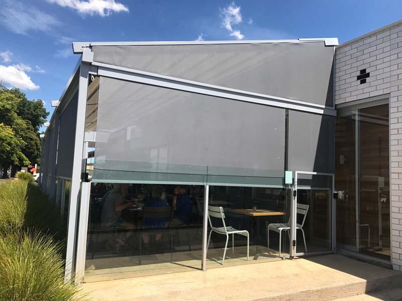 Retractable Pergola & External Screen Melbourne