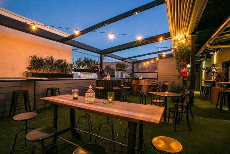 casestudy duxton retractable roof systems canberra 2 Helioscreen