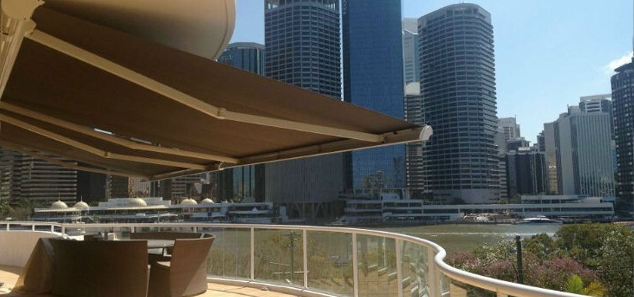 retractable awning brisbane river
