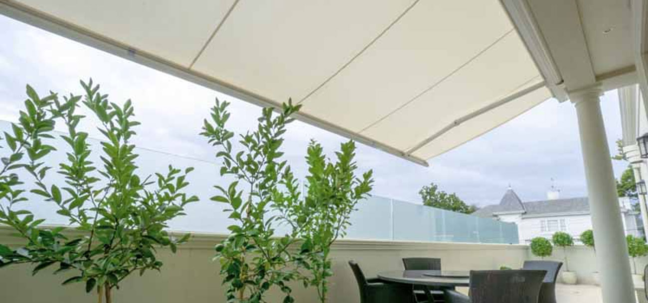 casetsudy residential retractable awning melbourne 1 Helioscreen