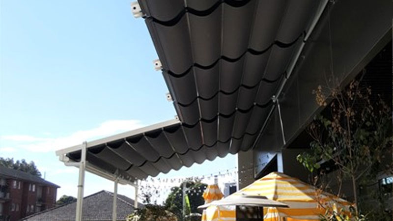 casetsudy retractable awning with sound insulation weatherproofing 3 Helioscreen