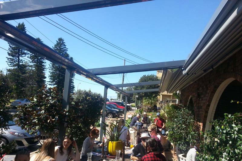 casetsudy retractable roof awnings sydney beaches 3 Helioscreen
