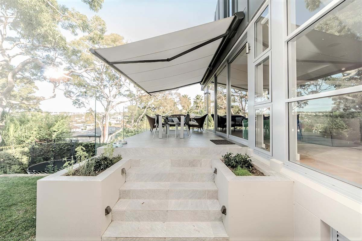 retractable awnings 6 Helioscreen